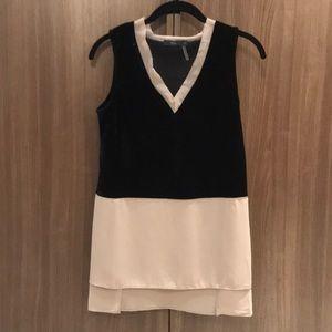 Velvet and jersey sleeveless top